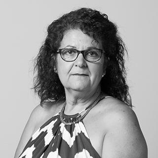 Jenelle Arnott